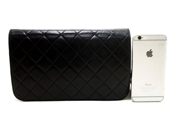 chanel-chain-shoulder-bag-black-clutch-flap-quilted-lambskin-5