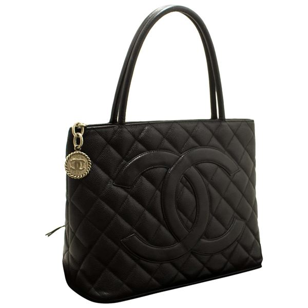 chanel-silver-medallion-caviar-shoulder-shopping-tote-bag-black-2
