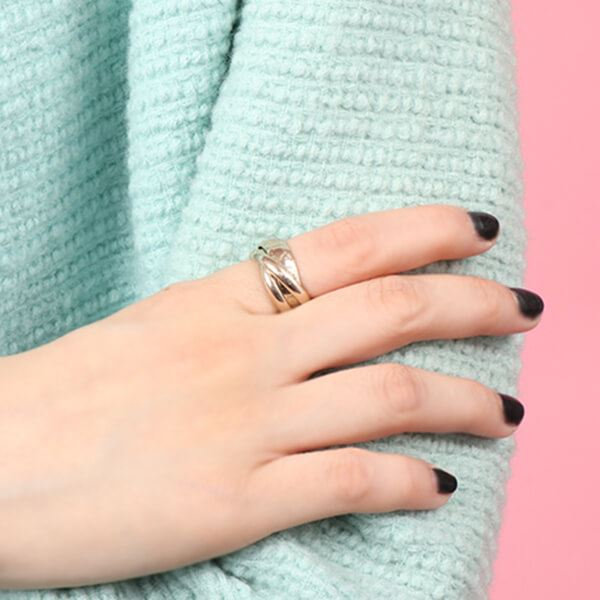 cartier-amore-ring-white-gold