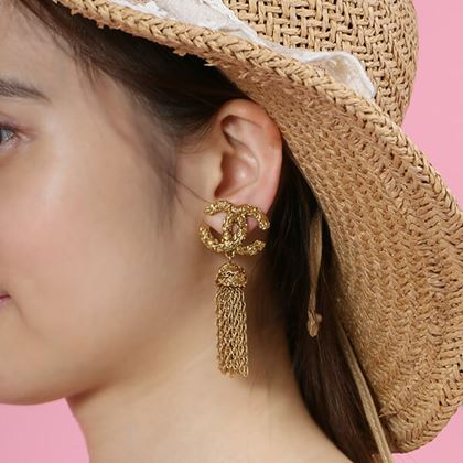 chanel-cc-mark-fringe-earrings-2