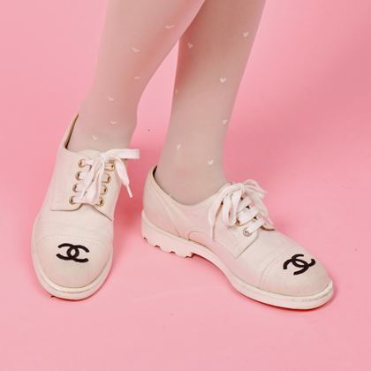 chanel-linen-cc-mark-embroidered-sneakers-white