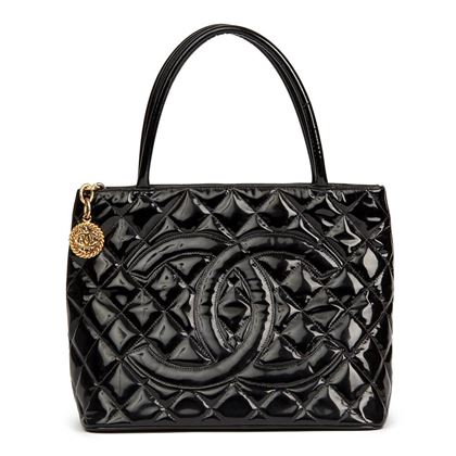black-quilted-patent-leather-classic-gold-medallion-tote
