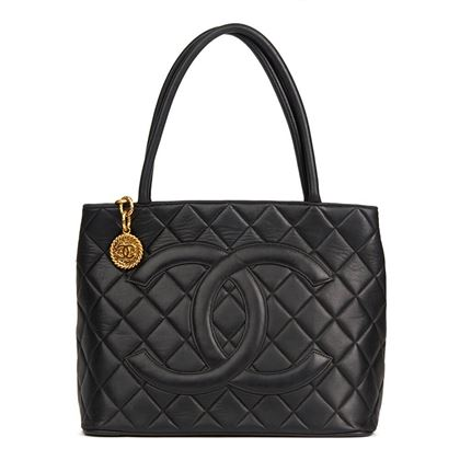 black-quilted-lambskin-leather-classic-gold-medallion-tote