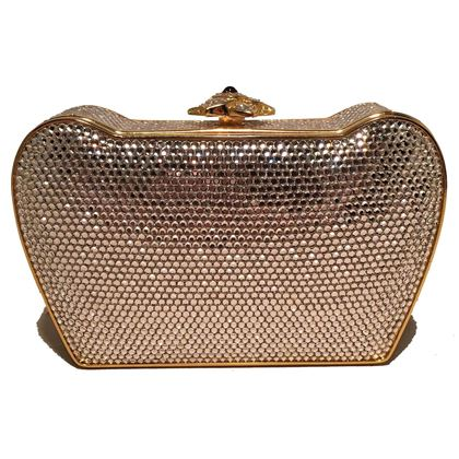 judith-leiber-clear-swarovski-crystal-flower-top-minaudiere-evening-bag-clutch