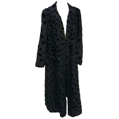 1920s-black-silk-coat-with-flocked-velvet