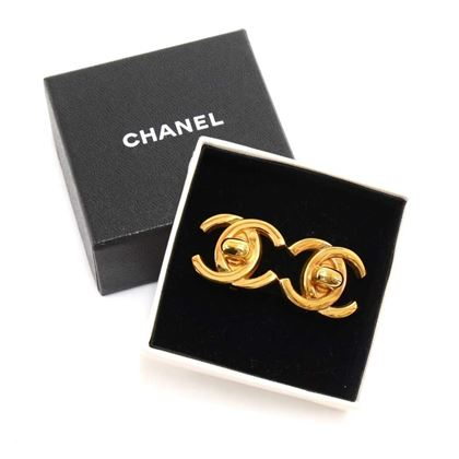 vintage-chanel-gold-tone-cc-twist-lock-motif-earrings-3
