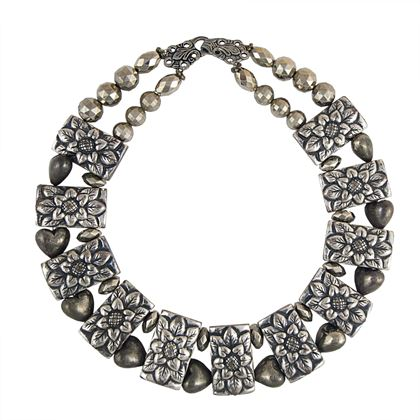 escada-vintage-floral-collar-necklace