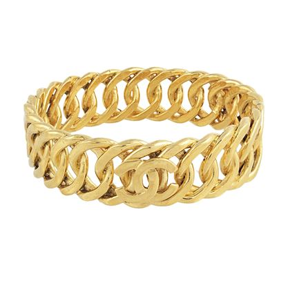 chanel-cc-linked-bangle
