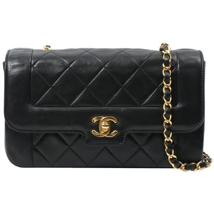 chanel-edge-design-flap-cc-turn-lock-chain-bag-black-2