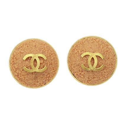 chanel-circa-1980s-vintage-cc-logo-oversized-clip-on-earrings
