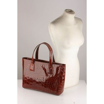 crocodile-leather-tote-handbag
