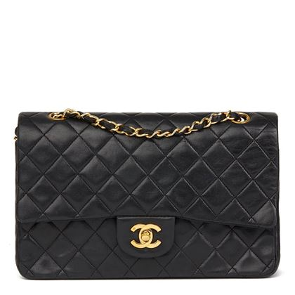 black-quilted-lambskin-vintage-medium-classic-double-flap-bag-34