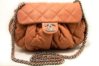 chanel-pink-chain-around-shoulder-crossbody-bag-flap-quilted