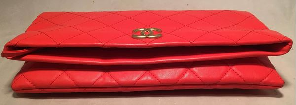 2018-chanel-red-quilted-leather-cc-fold-over-clutch