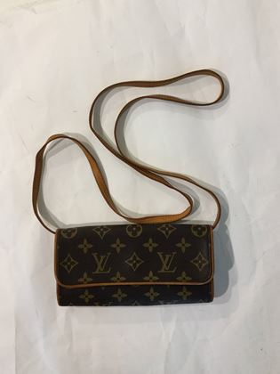 louis-vuitton-pochette-twin-pm