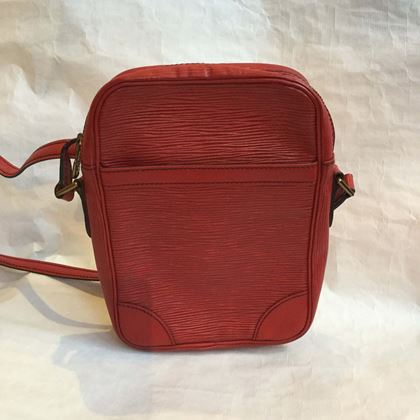louis-vuitton-red-epi-danube