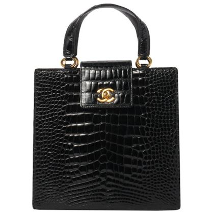 chanel-crocodile-turn-lock-handbag-black-2