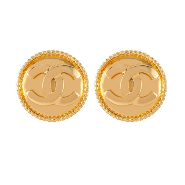 1980s-vintage-chanel-round-statement-clip-on-earrings