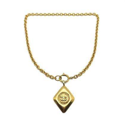 chanel-vintage-gold-logo-necklace-lozenge-style-1980s