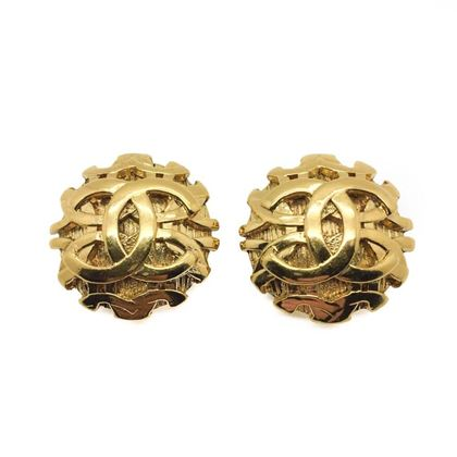 chanel-vintage-woven-style-gold-logo-earrings-1993