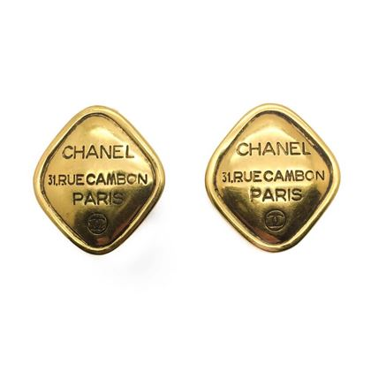 chanel-vintage-logo-rue-cambon-paris-gold-lozenge-earrings-1980s