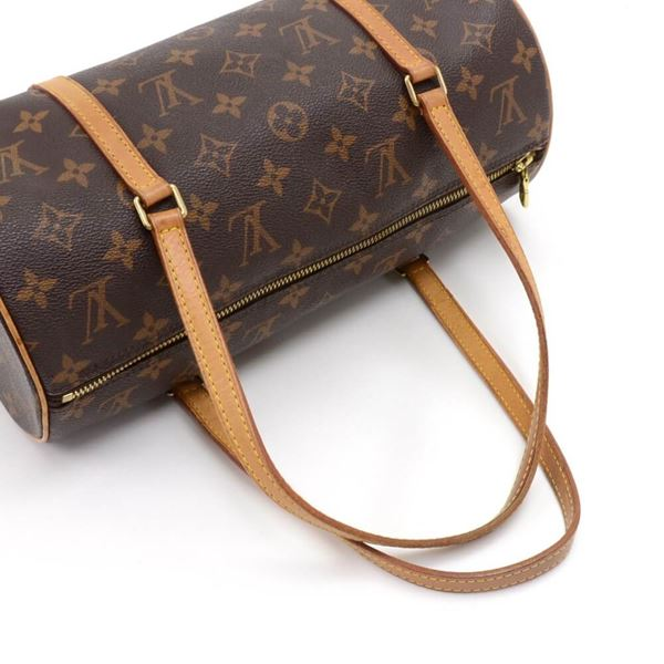 louis-vuitton-papillon-30-monogram-canvas-handbag-2 00a1e5715f6b7