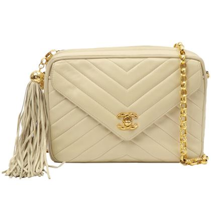 chanel-v-flap-turn-lock-fringe-bijou-chain-bag-cream