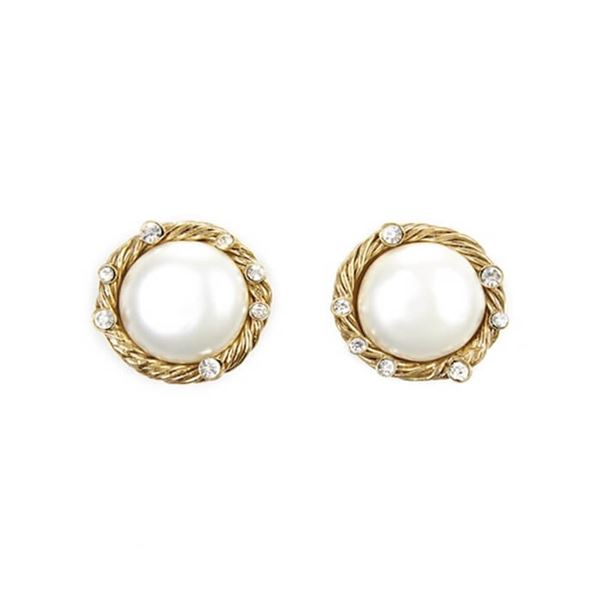 chanel-pearl-and-diamante-earrings-1990