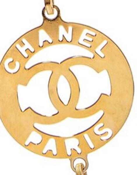 chanel-1980s-gold-tone-link-necklace-with-signature-medallion-charms