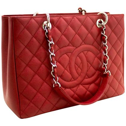 chanel-caviar-gst-13-grand-shopping-tote-chain-shoulder-bag-red