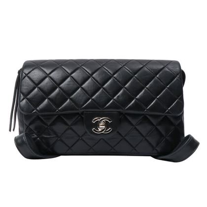 chanel-classic-flap-backpack-blacksilver
