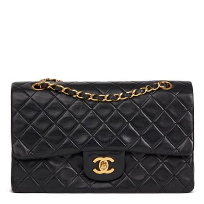black-quilted-lambskin-vintage-medium-classic-double-flap-bag-37