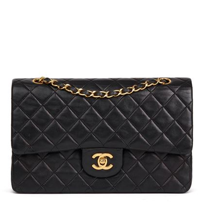black-quilted-lambskin-vintage-medium-classic-double-flap-bag-38