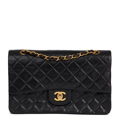 black-quilted-lambskin-vintage-medium-classic-double-flap-bag-39