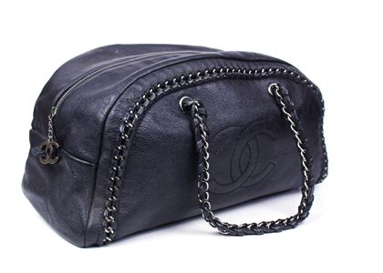chanel-bowler-large-luxe-ligne-cc-black-bag-with-chain-handles-wide-cc-zip-pull-pre-owned-used
