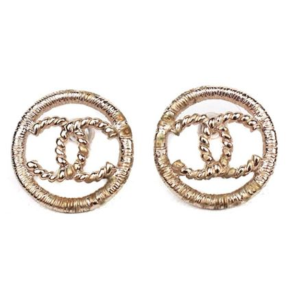 chanel-2016-cc-earrings-medium-cc-gold-hoop-logo-pendant-charm-pre-owned-used