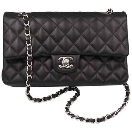 chanel-timeless-bag-in-black-lambskin-leather-and-silver-hardware