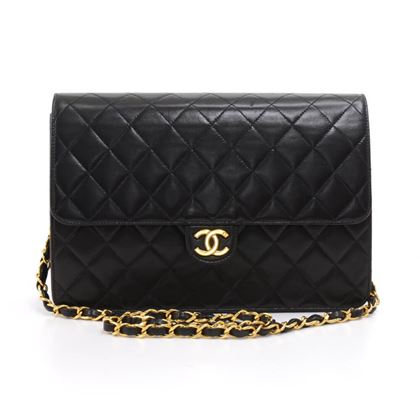 chanel-10classic-black-quilted-leather-shoulder-flap-bag-ex