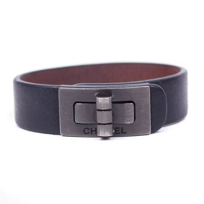 chanel-bracelet-turnlock-cuff-black-leather-reissue-logo-bangle-pre-owned-used