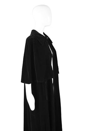 Louis Feraud 1960s Long Velvet Vintage Cape