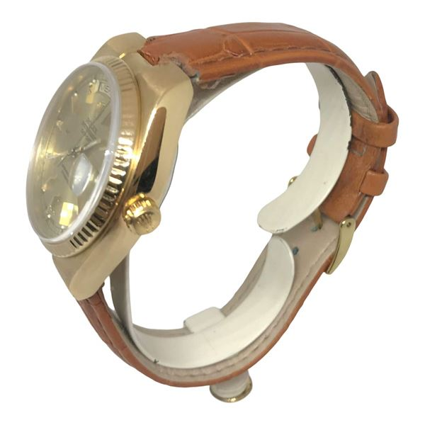 Rare Yellow Gold Rolex Day Date Oyster Quartz Mens Watch
