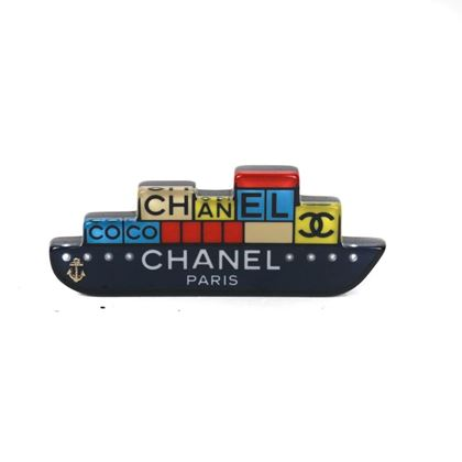 chanel-2018-boat-pin-brooch-cc-logo-black-yellow-blue-red-pearl-anchor-new