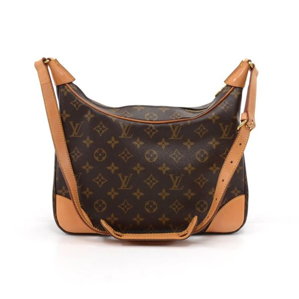 louis-vuitton-boulogne-monogram-canvas-shoulder-bag-2 e326937f17b39