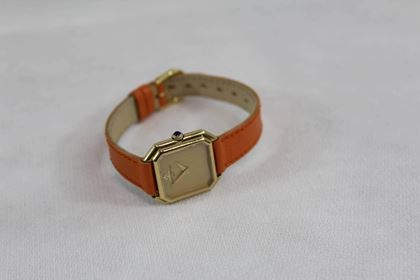 baume-mercier-ladies-yellow-gold-mechanical-wristwatch-2