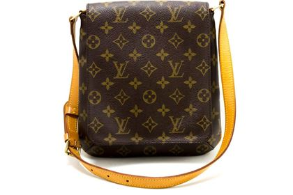 Vintage Louis Vuitton Bags   Pre owned   used Louis Vuitton Bags 4327bf10f6