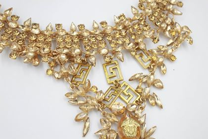 versace-90s-medusa-vintage-golden-necklace-with-crystals