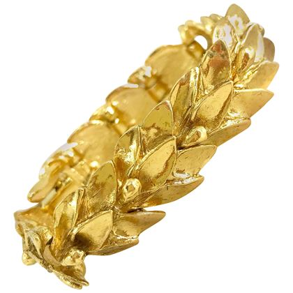 ysl-1980s-vintage-gold-plated-leaf-design-bracelet