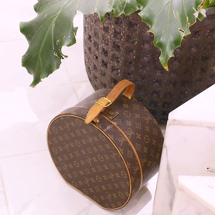 louis-vuitton-canvas-monogram-boite-chapeau-brown