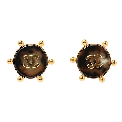 chanel-tortoiseshell-round-dot-cc-mark-earrings-brown