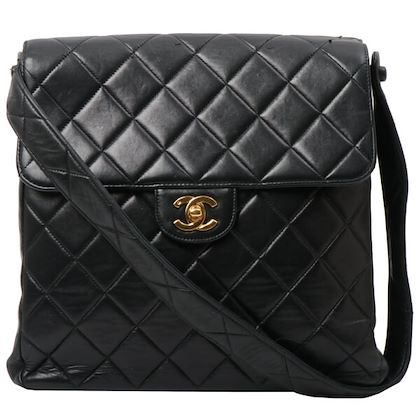 chanel-double-face-cc-mark-turn-lock-plate-shoulder-bag-black